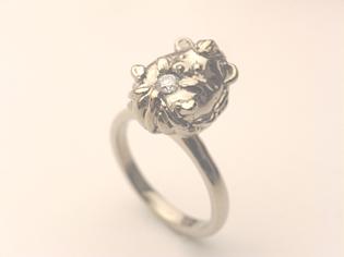 ハリネズミ 指輪