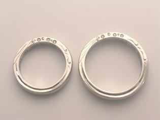 結婚指輪 側面 彫り